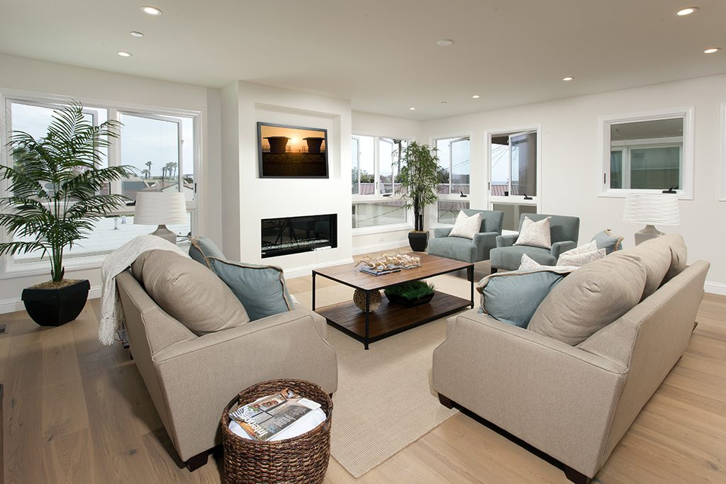 Home staging vs interior design what 39 s the difference - Interior designer vs interior decorator ...