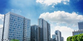 Guide to Investing in Commercial Real Estate